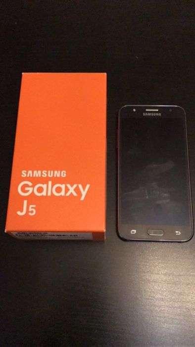 Vand/Schimb Samsung Galaxy J5 IMPECABIL 10/10 Full Box !!!