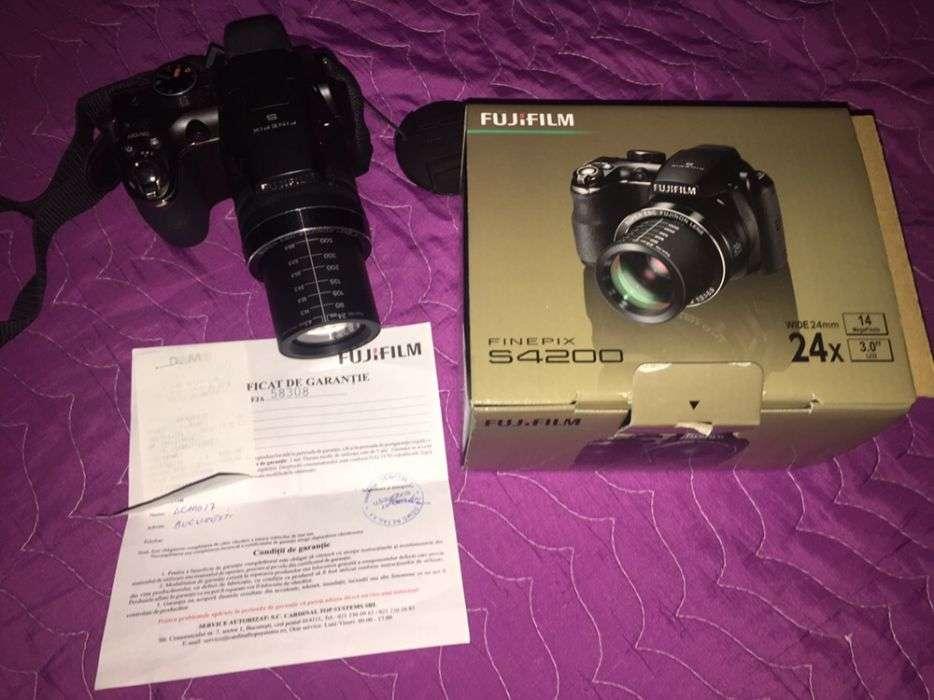 Aparat Foto Fujifilm S4200