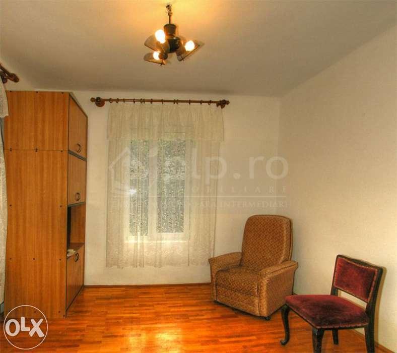 Apartament 3 Camere In Vila 11 IUNIE/CAROL