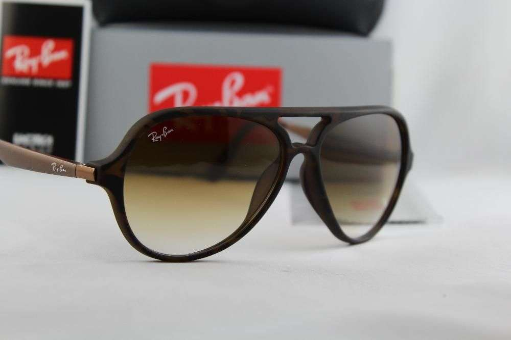 96242dc20a RAY BAN RB 4235-F Cats Tech 894 85