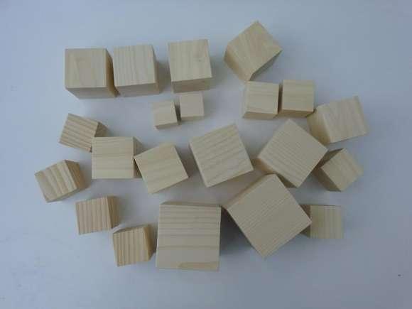 Cuburi Din Lemn Diferite Dimensiuni