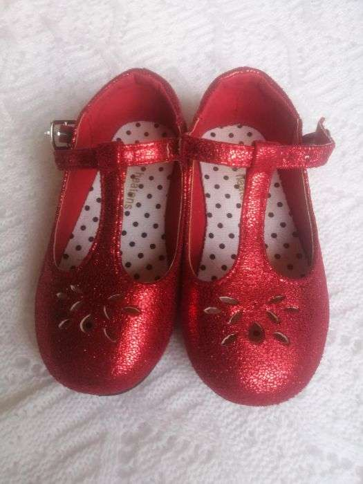 Pantofiori Masura 24, Marca Anglia, Ca Noi