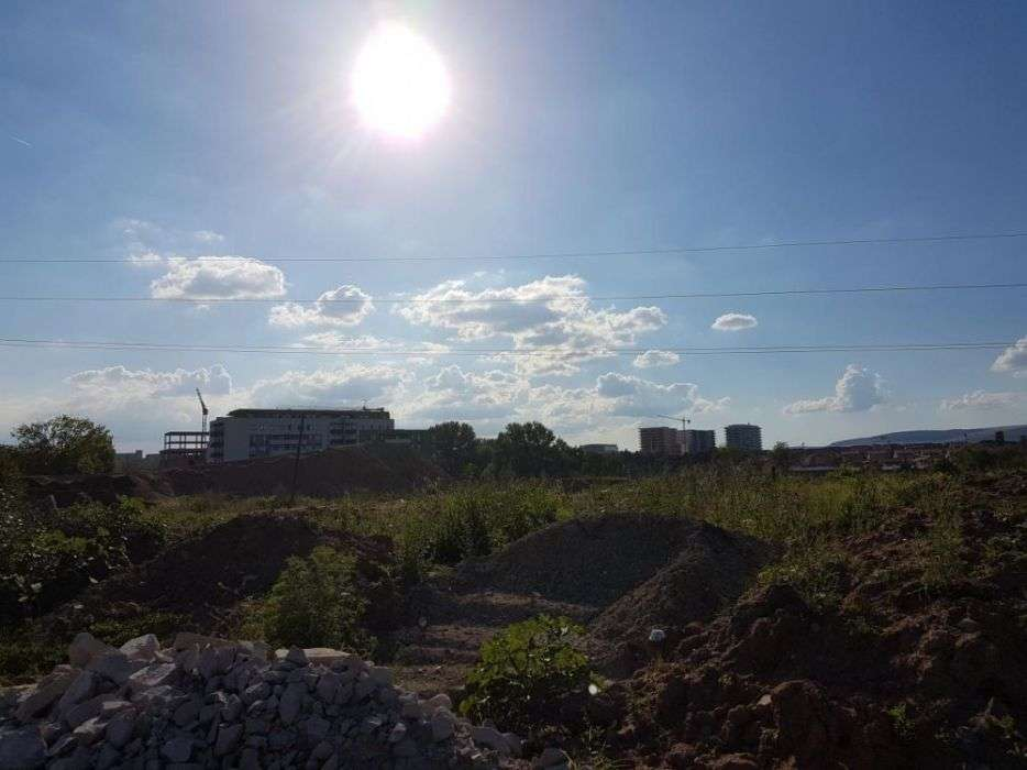 Teren 1700mp, Gheorgheni, Langa Noua Baza Sportiva Gheorgheni.