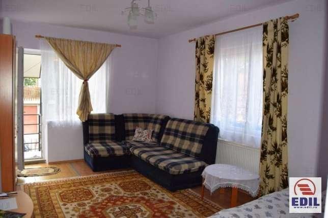 Apartament De Inchiriat Cu 3 Camere In Dambu Rotund