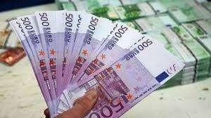 Campanii Financiare Este Toţi Oamenii Care Sunt în Au Nevoie Urgenta De Un Credit Sau De Finanţare