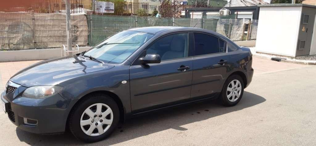 Mazda 3 Din 2009 - 73,990 Km
