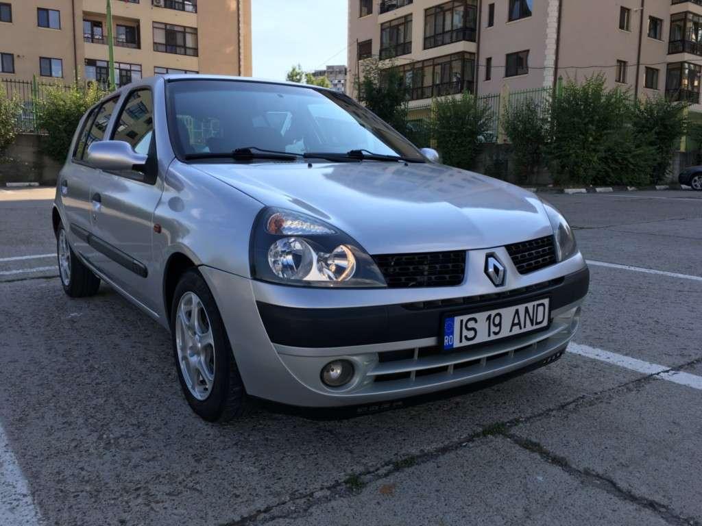 Renault Clio Din 2001 - 232,000 Km