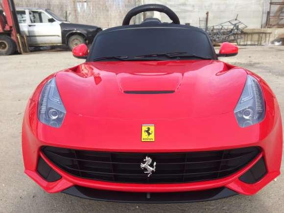 Masinuta Electrica RASTAR Ferrari F12 Red #Nou