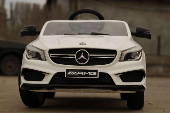 Masina Electrica Pentru Copii Mercedes CLA45 White Nou