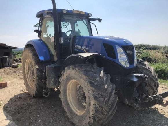 Lichidator Judiciar Vand Tractor New Holland T7260 T4 -