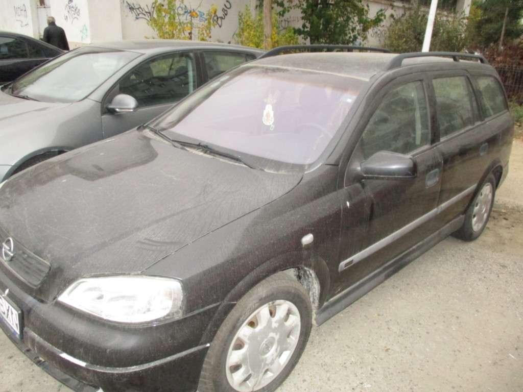 Opel Astra Din 2001 - 180,000 Km