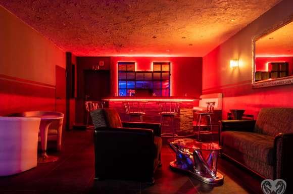 Club De Noapte/Casa Privata Germania - Dame De Companie