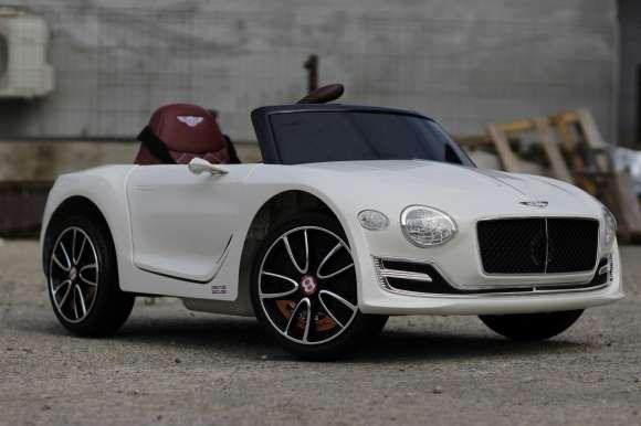 Masinuta Electrica Bentley EXP 12 PREMIUM Alb Nou
