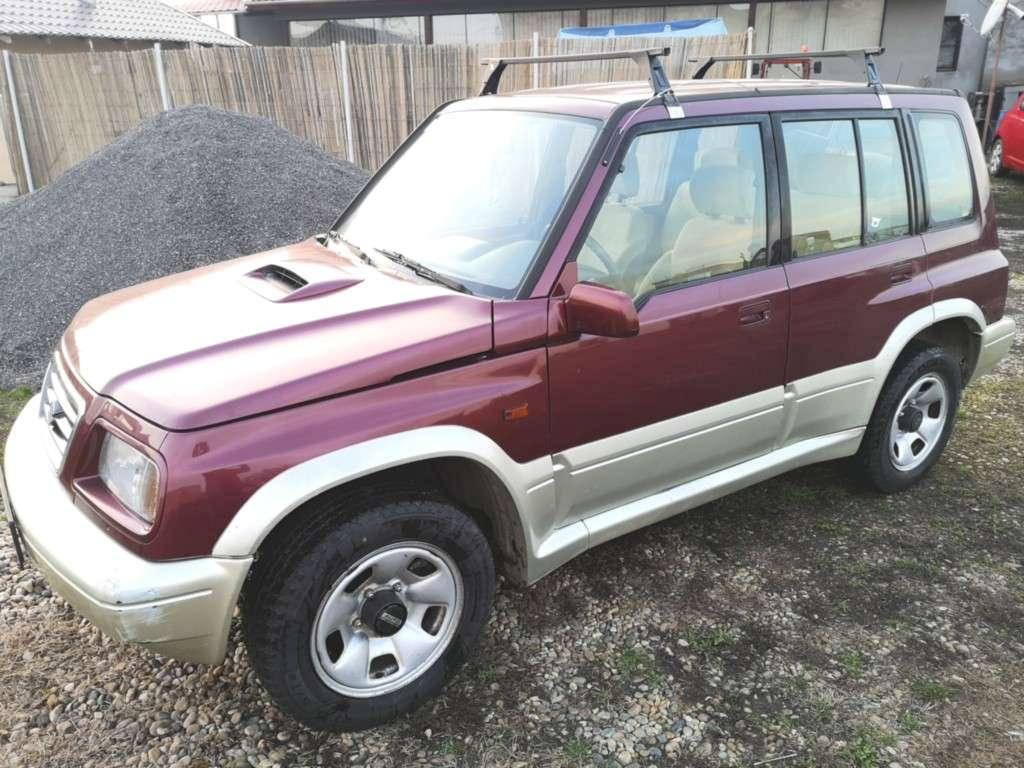 Suzuki Vitara Din 1998 - 137,000 Km