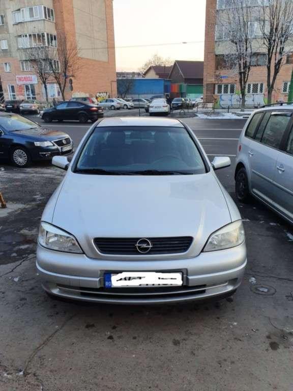 Opel Astra Din 2007 - 106,000 Km