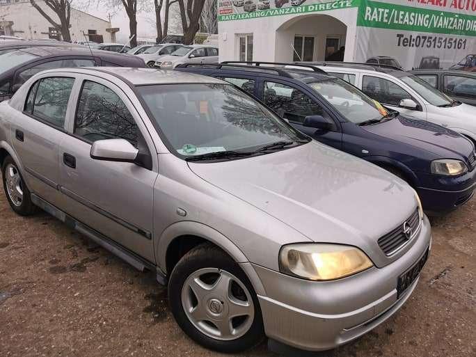 Opel Astra Din 2000 - 153,000 Km