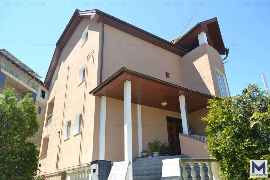 Casa / Vila De Inchiriat Ideal Birouri, Gradinita In Andrei Muresanu