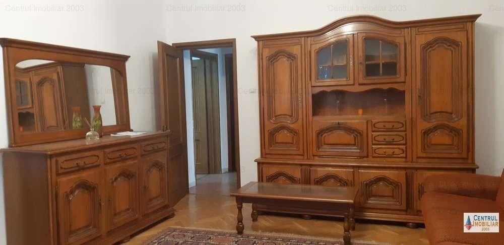 Dorobanti,apartament In Vila, Etaj 2/3,curte Mare Comuna Si Parcare