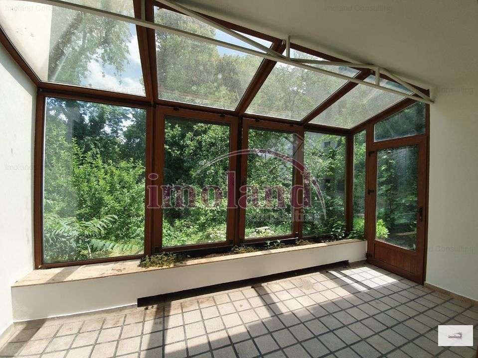 Apartament In Vila-5 Camere-inchiriere-Dorobanti