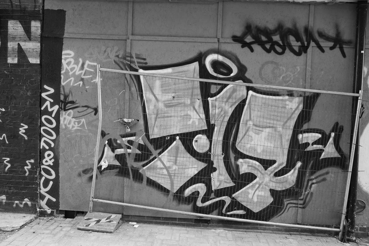 Brighton Graffiti: Bombing