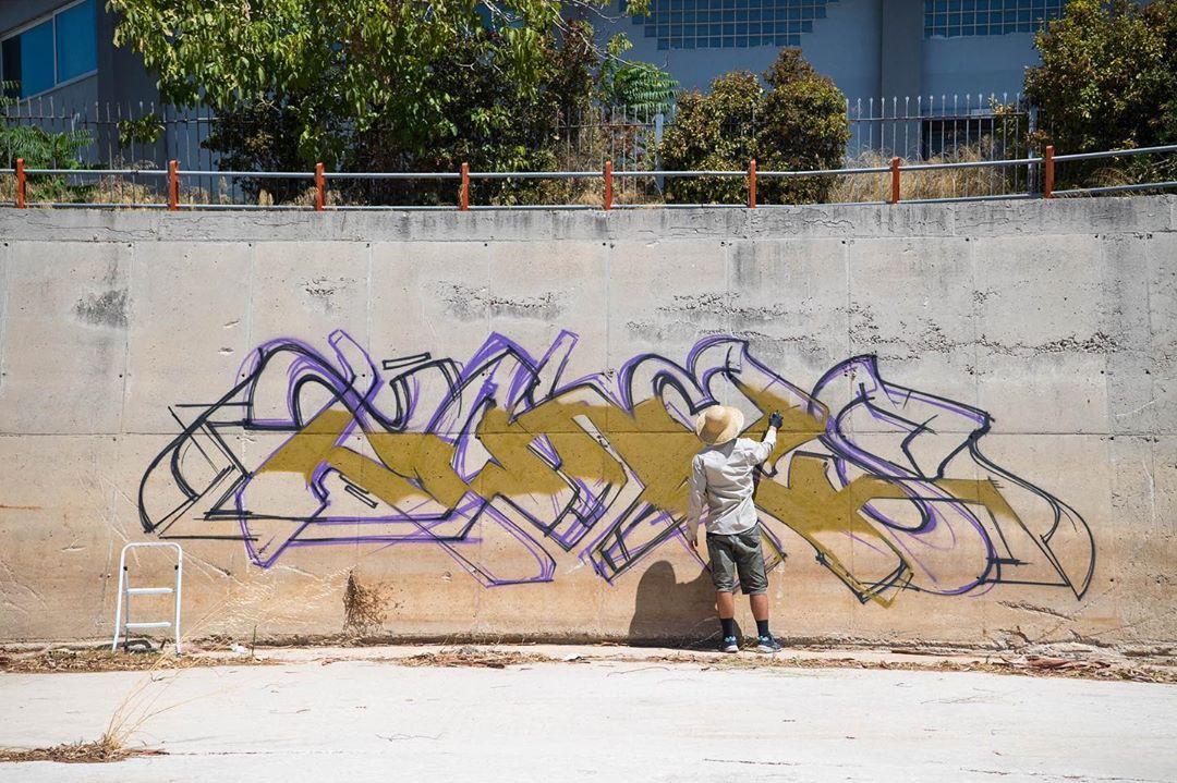 Graffiti Video: Tones; Exploring Places