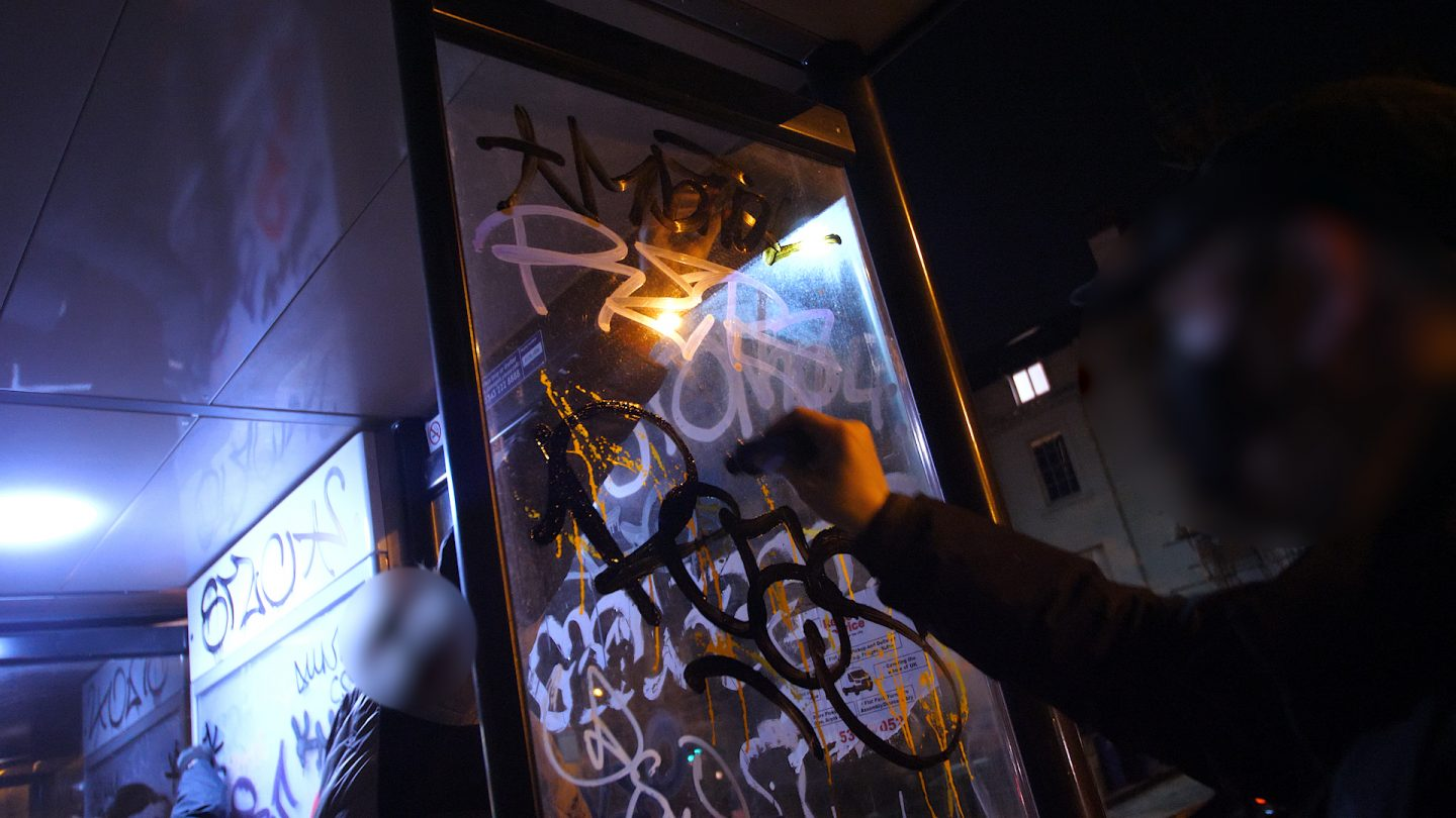 Graffiti Video: London Handstyles with OTR Mops