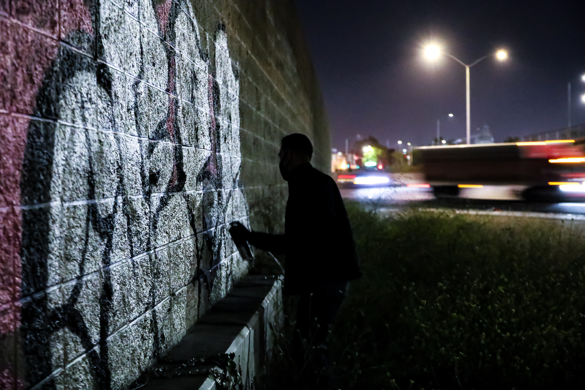 Graffiti Video: DEBATE 2.0