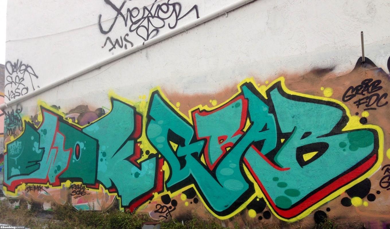 Grabster / Miami / Walls