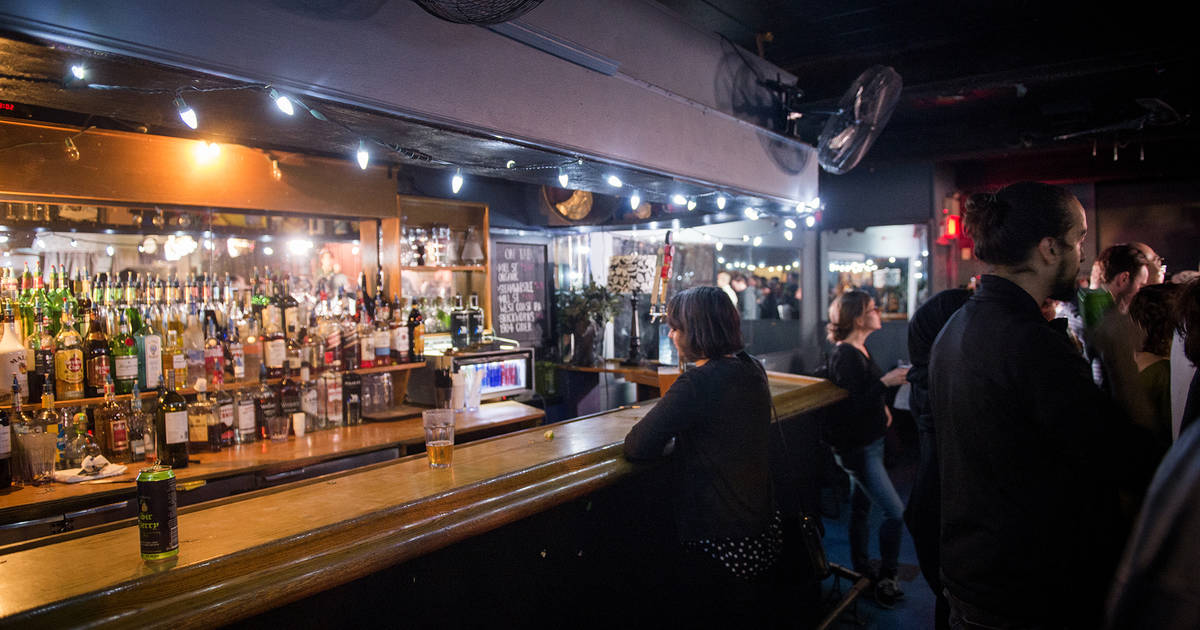 A guide to tipping in Toronto