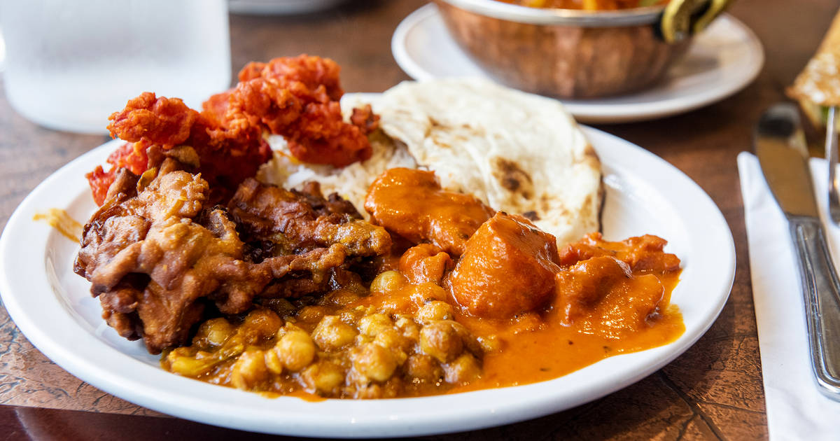 Toronto's most popular Indian buffet restaurant shut down by health inspectors