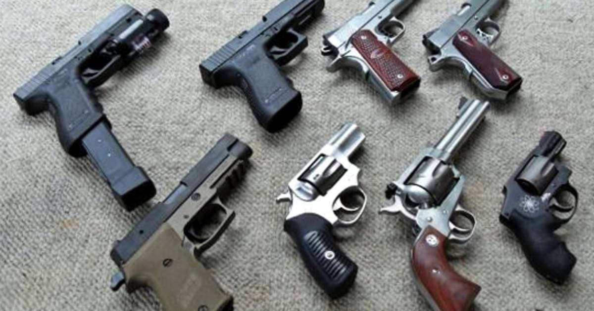 Toronto is calling on the federal government to ban handguns nation-wide