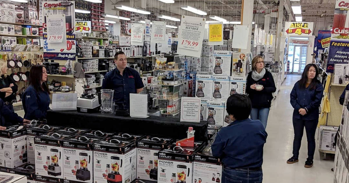 Toronto's discount kitchen supplies warehouse closing after 33 years