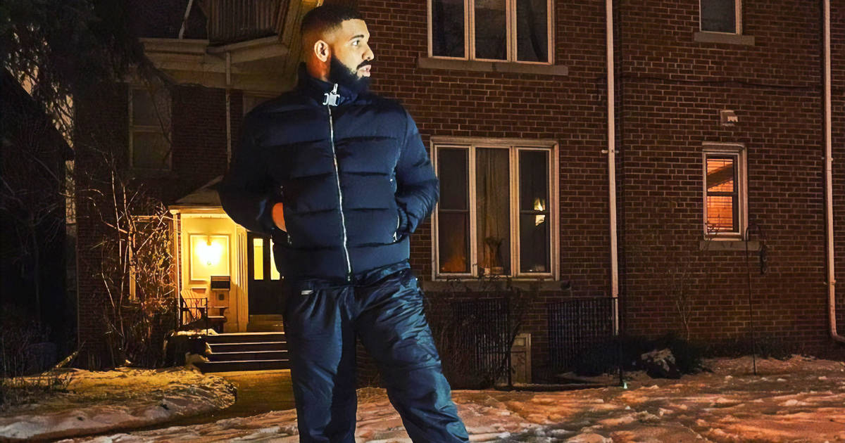 Drake visited his childhood home in Toronto and took lots of photos
