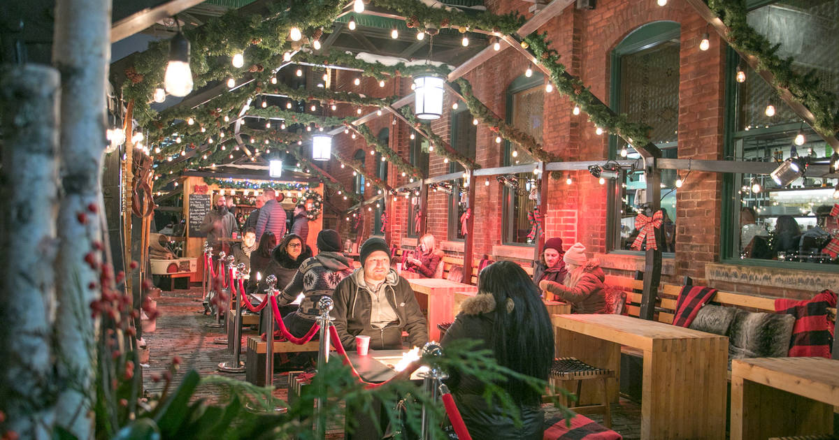 10 things to do and see at the Toronto Christmas Market