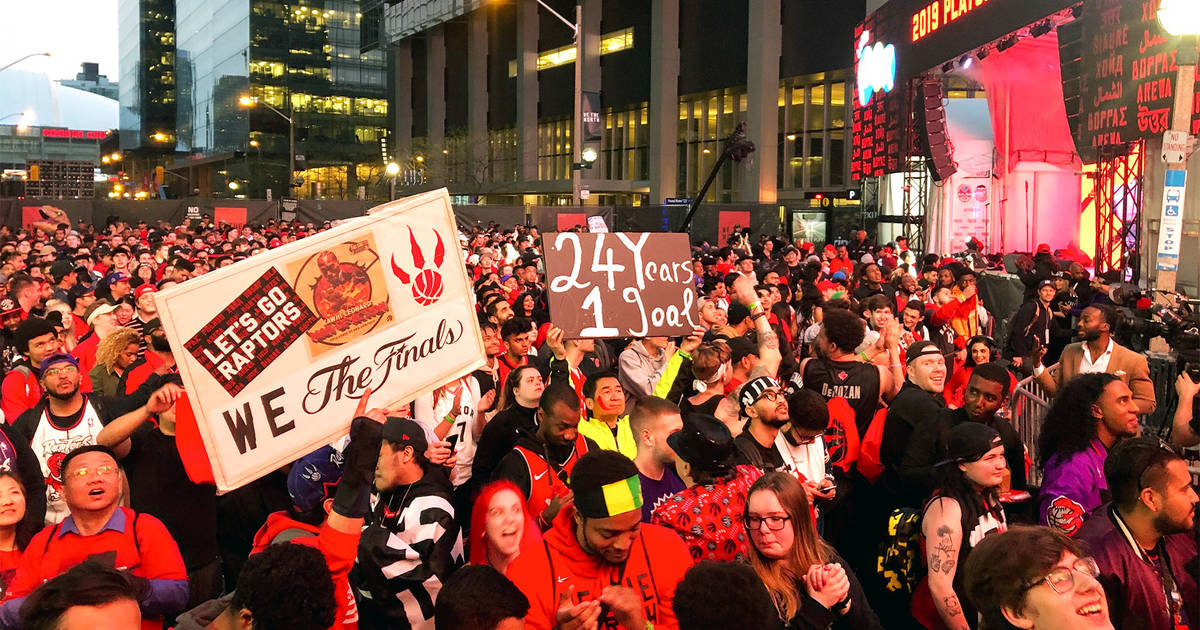 Thousands Of Toronto Raptors Fans Crowded Jurassic Parks