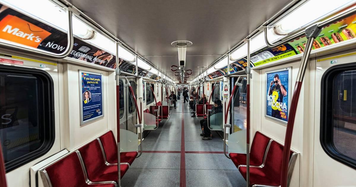 誰かがトロントのTTC地下鉄に乗るのがどんな感じかについて歌を書いた