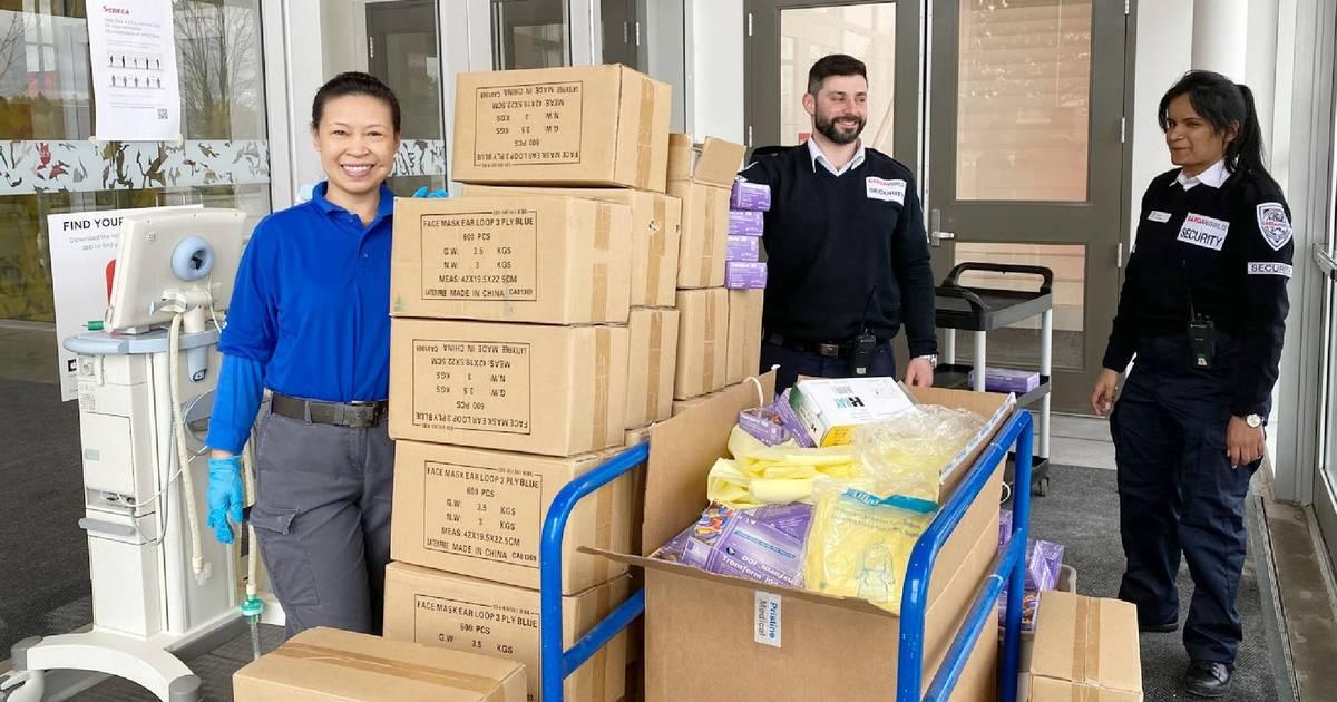 トロントカレッジ、地元の病院に待望の医薬品を寄付