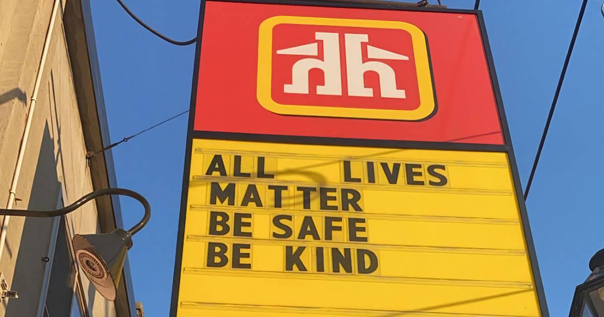 トロントのホームハードウェアがAll Lives Matterのサインで非難されました