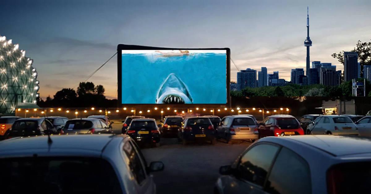 トロントは別のドライブイン映画とコンサートシリーズを取得しています
