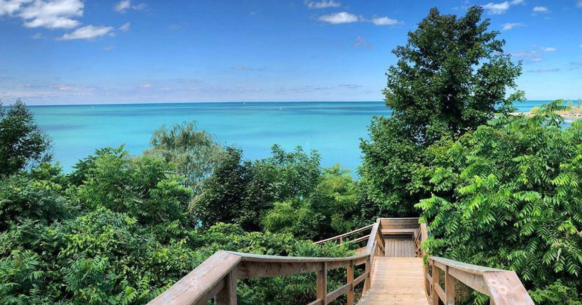 Pioneer Park in Ontario comes with a staircase leading down to Caribbean blue waters