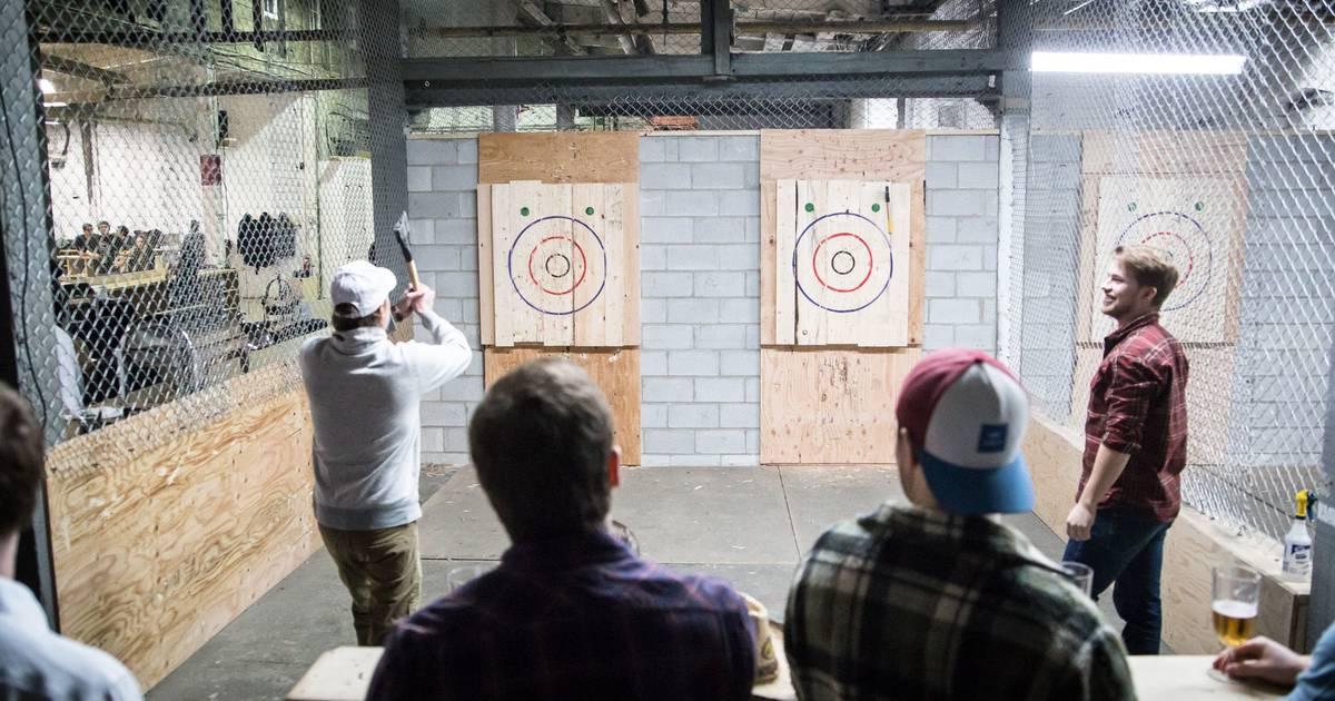 トロントの斧投げ会社が人種差別と性差別の申し立てに対応