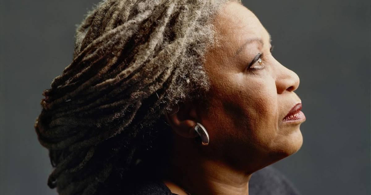 Special Tribute: Toni Morrison: The Pieces I Am