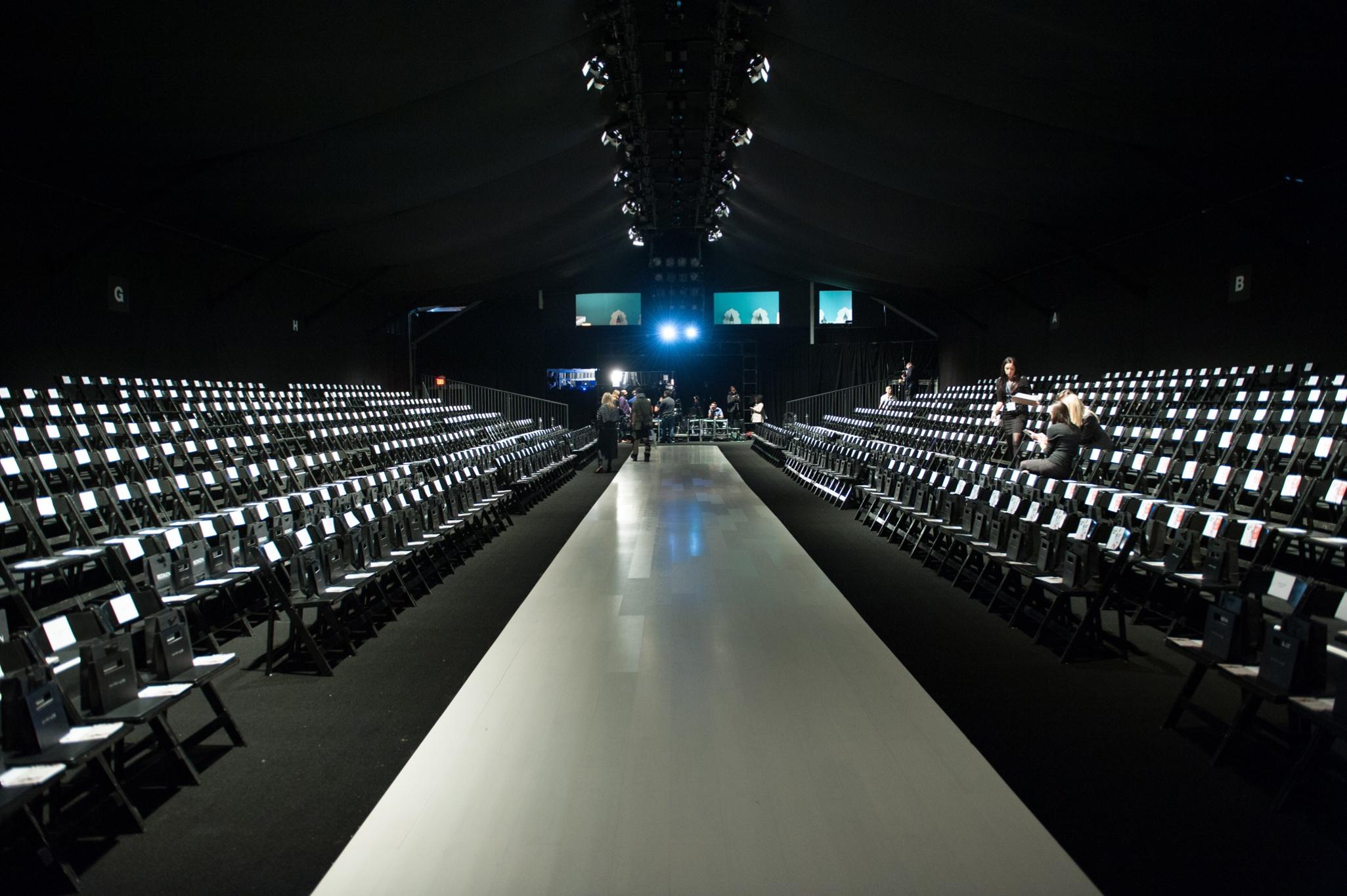 fashion show runwa...
