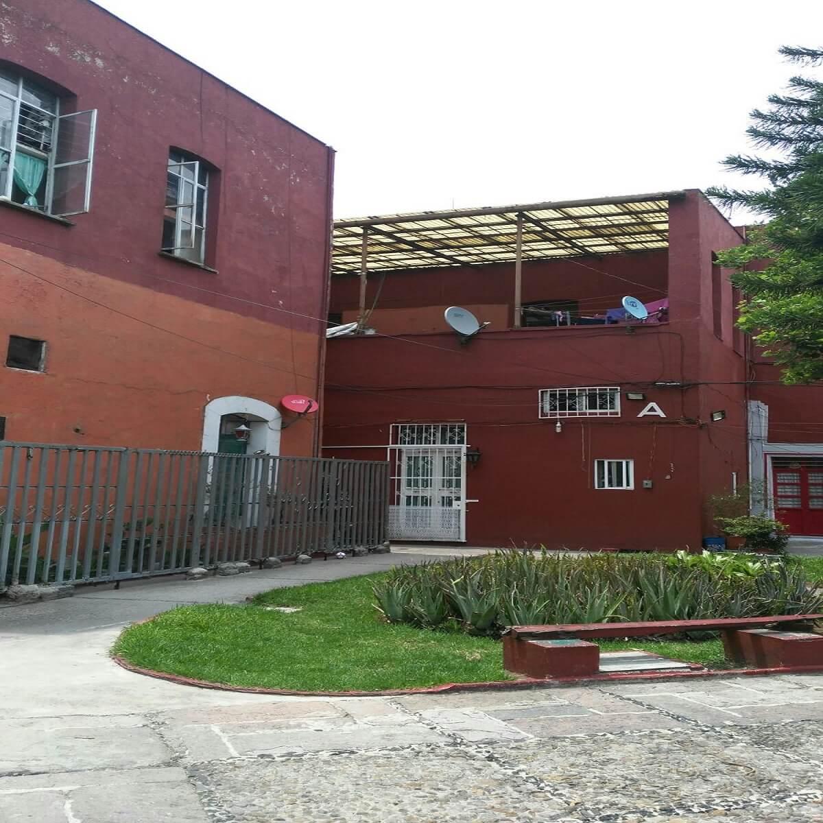 Fachada de casa usada duplex en la delegación Cuahutemoc