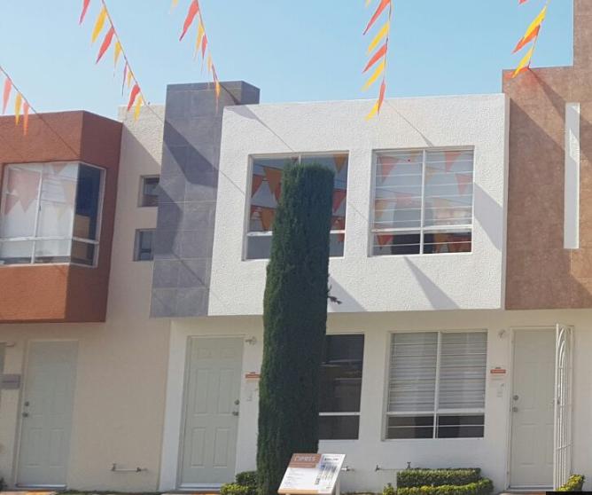 Fachada de hermosa casa modelo Cipres 2r  en Los Héroes Chalco