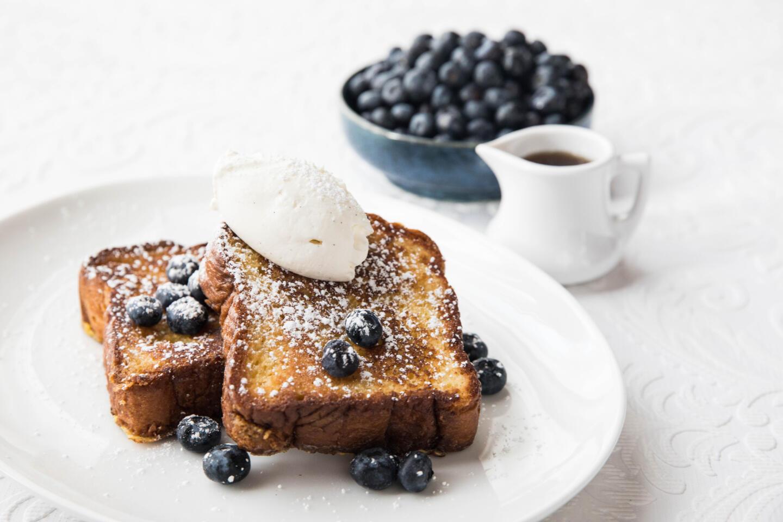 Mon Ami Gabi French Toast