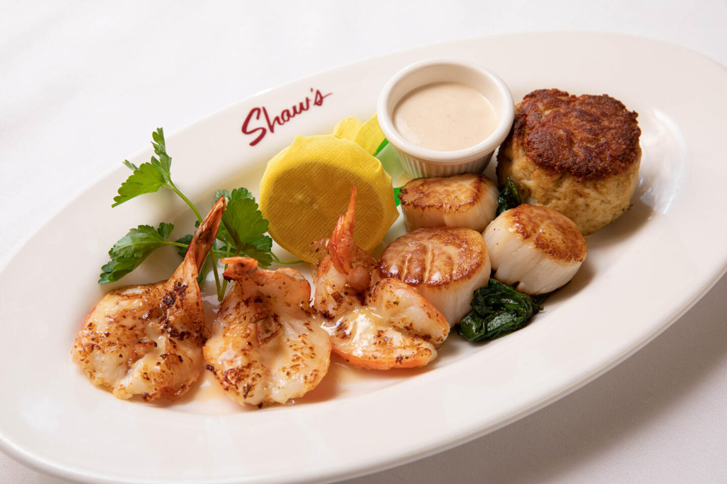 Shaws Scallops shrimp and crab cake