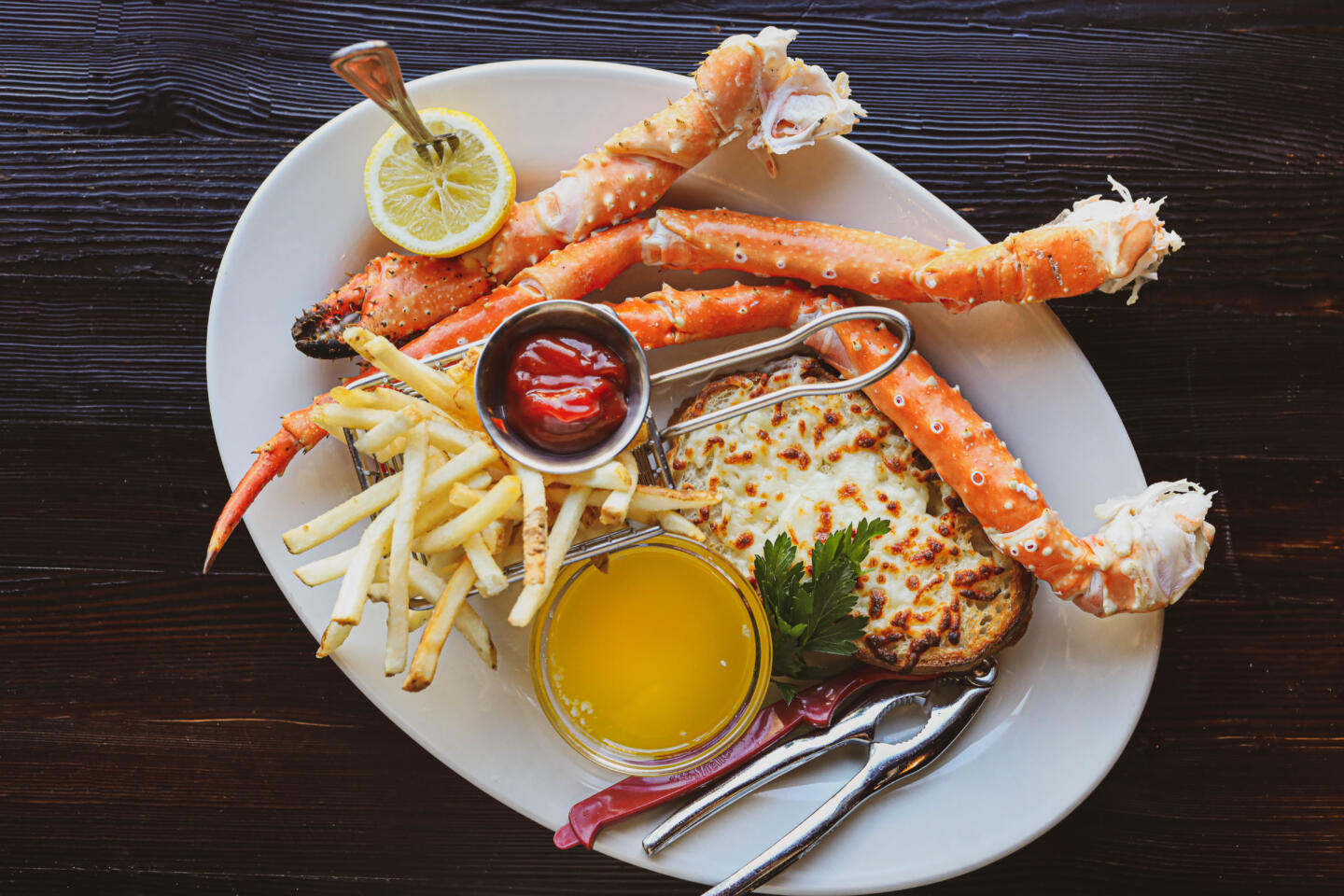 Quality Crab fries and crab legs