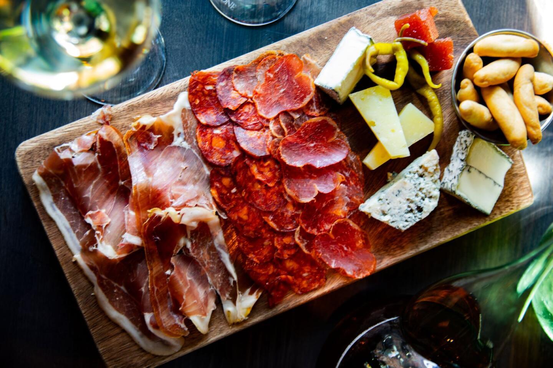 Bar RAmone Meat and Chease Board