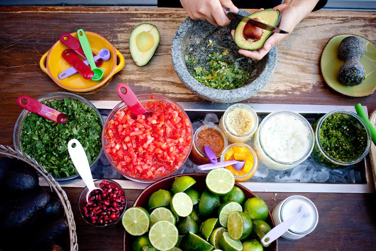 Ingredients to make El Segundo Sol Guacamole